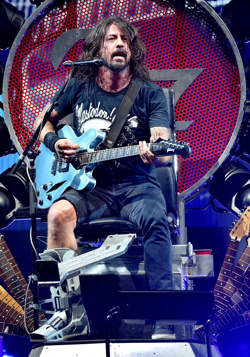 Dave Grohl na tronie /Kevin Winter /Getty Images