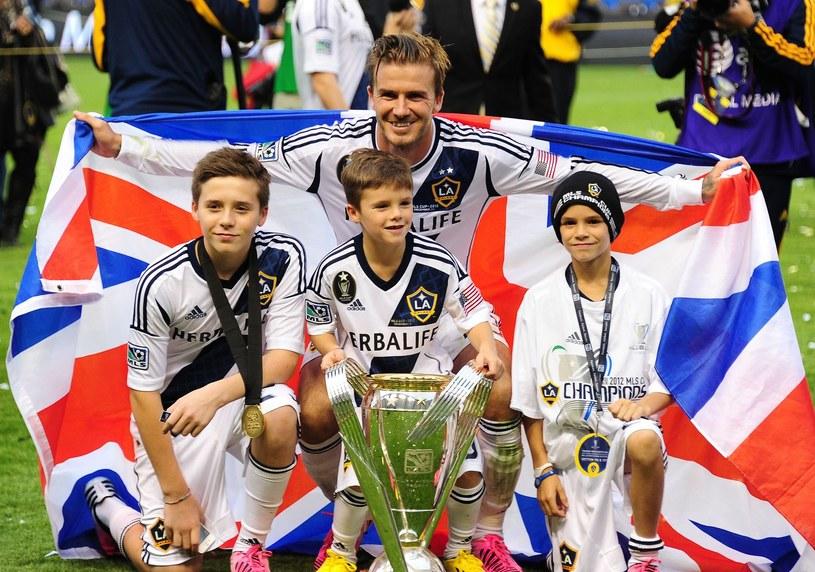David Beckham z synami Brooklynem, Cruzem i Romeo /AFP