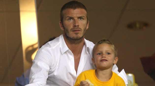 David Beckham z synem  /AFP