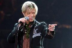 David Bowie - artysta-kameleon, legendarny muzyk, pionier glam rocka. Odszedł w wieku 69 lat
