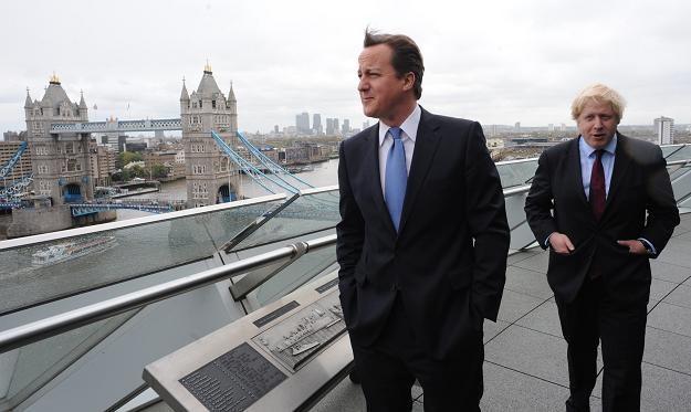 David Cameron (L) i mer Londynu Boris Johnson /AFP
