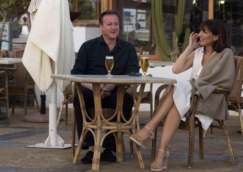David Cameron z żoną Samanthą /AFP