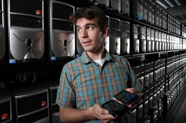 David Fritz testuje zachowanie połączonej sieci Androidów /materiały prasowe