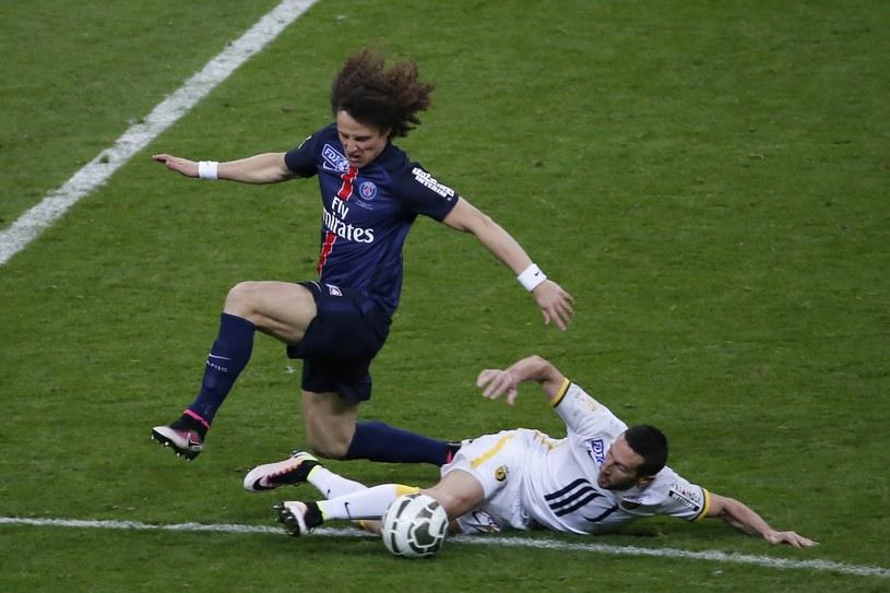 David Luiz (granatowy strój) /AFP
