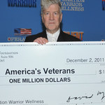 David Lynch: Milion dolarów dla żołnierzy