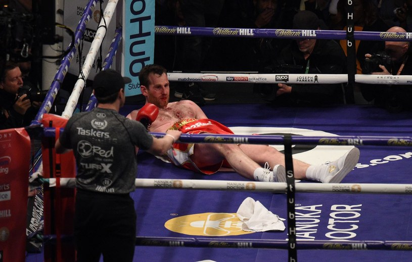 David Price został znokautowany przez Aleksandra Powietkina w Cardiff /AFP