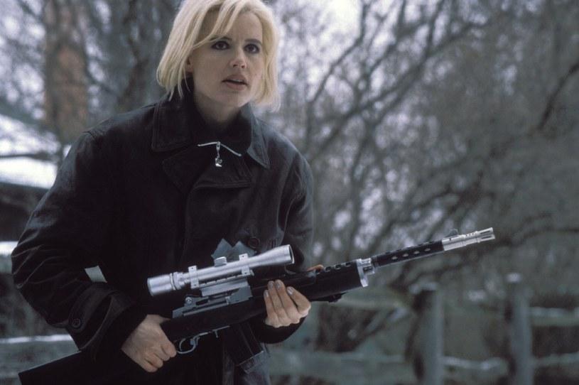 """Davis w thrillerze """"Długi pocałunek na dobranoc"""" (1996) /materiały dystrybutora"""