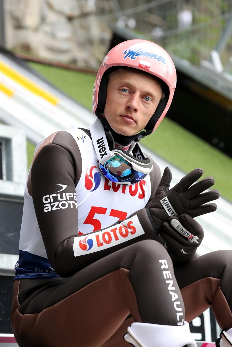 Dawid Kubacki podczas kwalifikacji do letniej GP w Zakopanem / Grzegorz Momot    /PAP