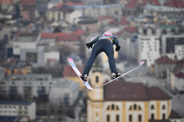 Dawid Kubacki w Innsbrucku /Philipp Guelland /PAP/EPA