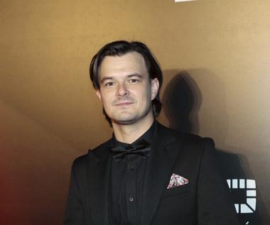 Dawid Ogrodnik zagra księdza Jana Kaczkowskiego
