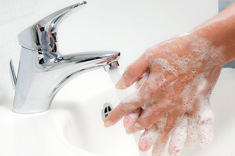Dbaj o higienę - unikniesz groźnych zakażeń z grupy chorób brudnych rąk /123RF/PICSEL