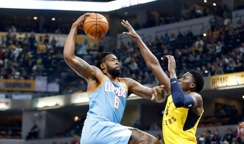 DeAndre Jordan (z piłką) /AFP