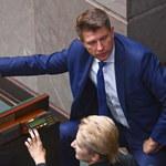 Debata budżetowa w Sejmie. Opozycja krytykuje, PiS chwali
