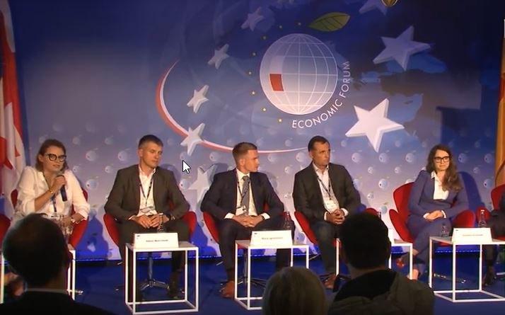 """Debata """"Cyfrowe transformacje szansą na kolejny skok rozwojowy w regionie Trójmorza"""" /INTERIA.PL"""