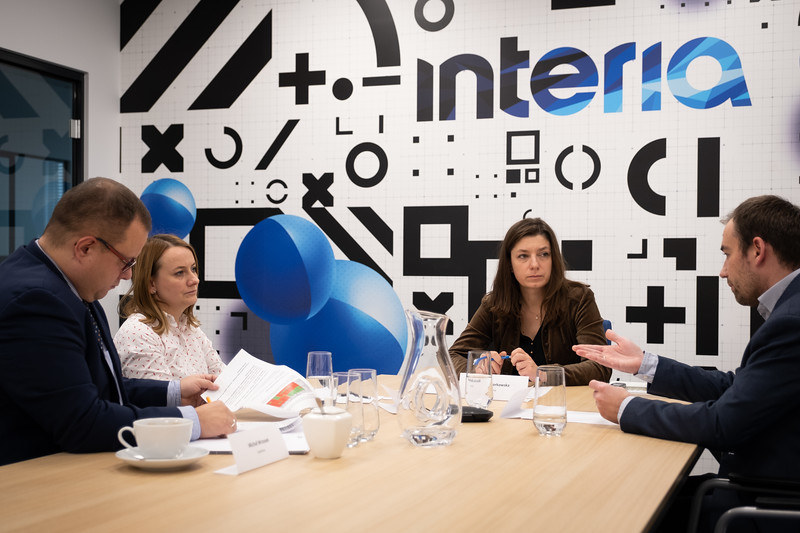 """Debata Interii : """"Czy analiza danych niefinansowych to jeszcze opcja, czy już konieczność ?"""" /INTERIA.PL"""
