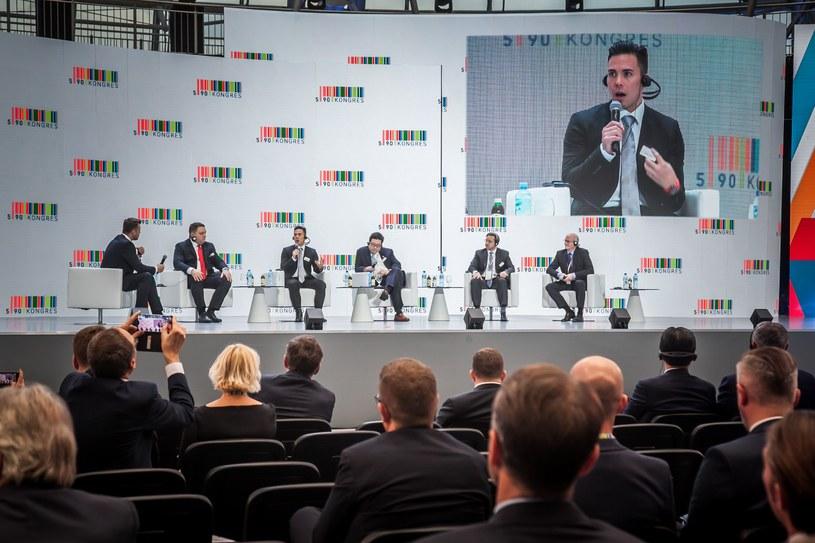 """Debata """"Rola branż strategicznych w nowoczesnej gospodarce"""" podczas Kongresu 590 w Jasionce /Ireneusz Rek /INTERIA.PL"""