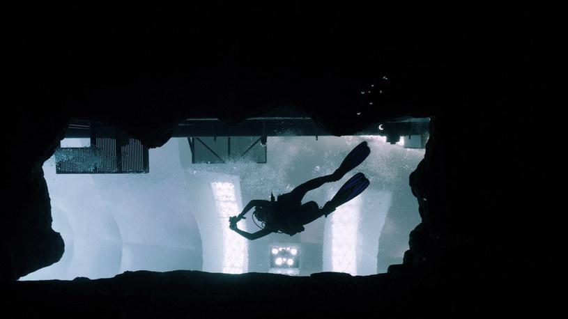 Deep Dive Dubai - najgłębszy na świecie 60-metrowy basen do nurkowania