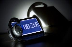 Deezer gra w Polsce za darmo