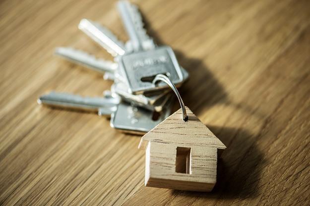 Deficyt mieszkań socjalnych to problem, który jest widoczny już od lat /©123RF/PICSEL