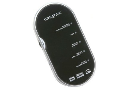 """Dekoder - pastawiono na prostotę, pewnie dlatego """"napędzają go"""" dwie baterie AAA /materiały prasowe"""