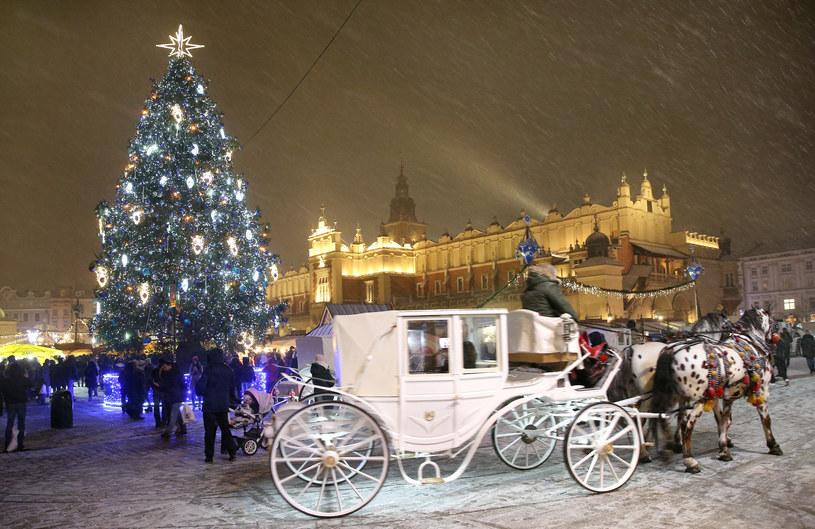 Dekoracje świąteczne w Krakowie /MONKPRESS /East News