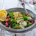 Delikatne ryby zapieczone pod ziołową skorupką