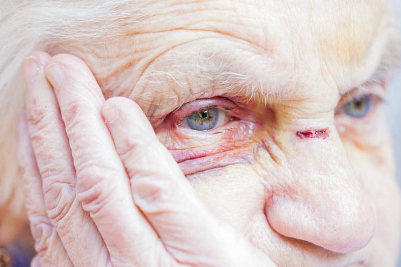 Demencji obawia się wielu seniorów /123RF/PICSEL