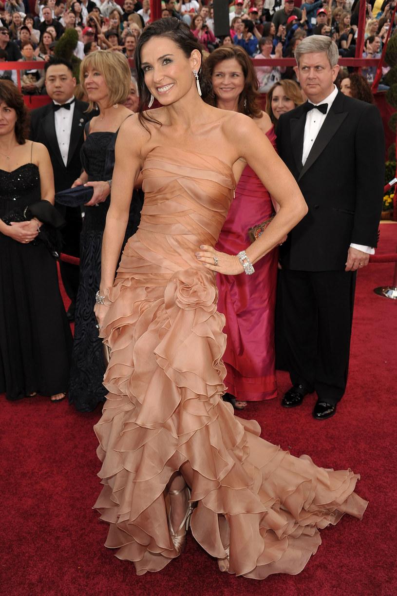 Demi Moore w sukni od Versace  /Getty Images/Flash Press Media