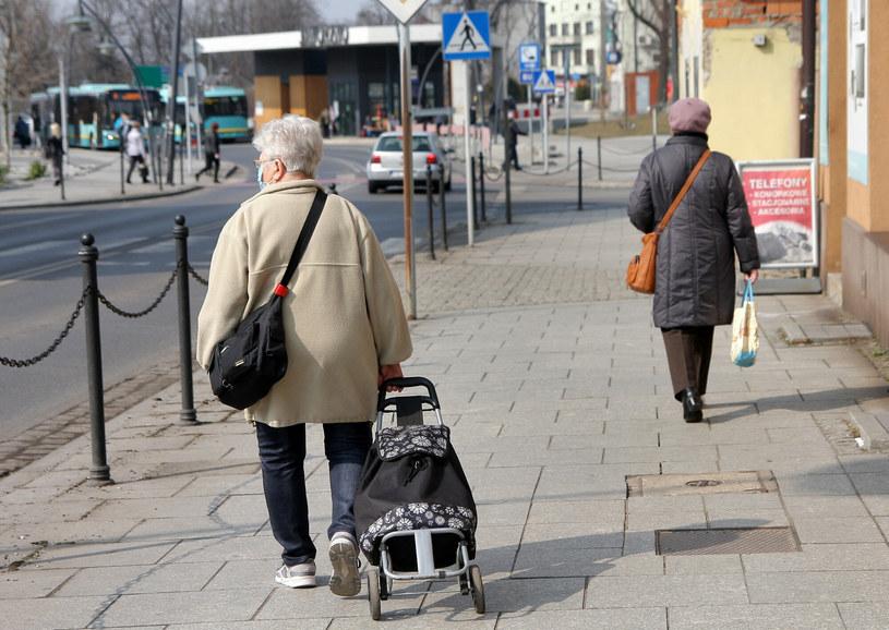 Demograficzna bomba tyka. /Damian Klamka /East News