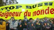 Demonstracja antyamerykańska w Paryżu