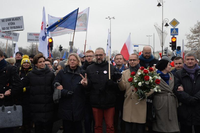 Demonstracja KOD /Marcin Obara /PAP