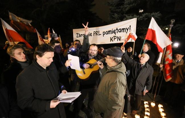 Demonstracja przebiegała spokojnie /Paweł Supernak /PAP