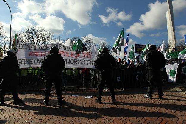 Demonstracja przeciwko podniesieniu wieku emerytalnego zorganizowana przez OPZZ /PAP