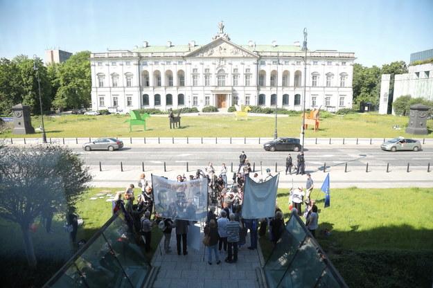 Demonstracja przed siedzibą Sądu Najwyższego w Warszawie /Wojciech Olkuśnik /PAP