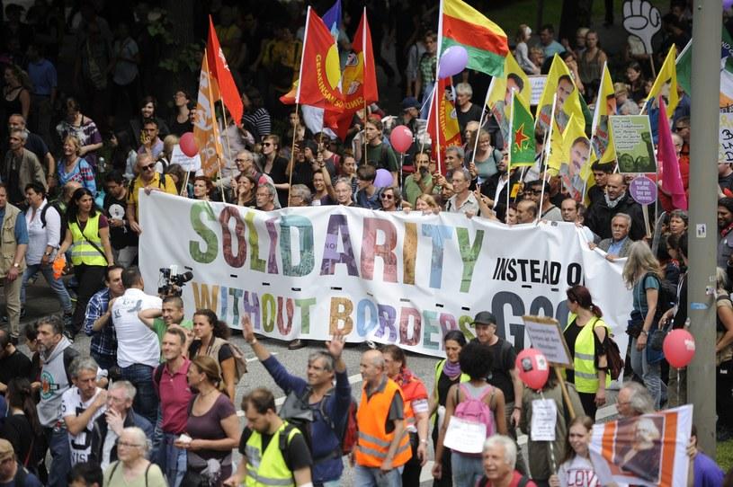"""Demonstracja """"Solidarność bez granic zamiast G20"""" /AFP"""