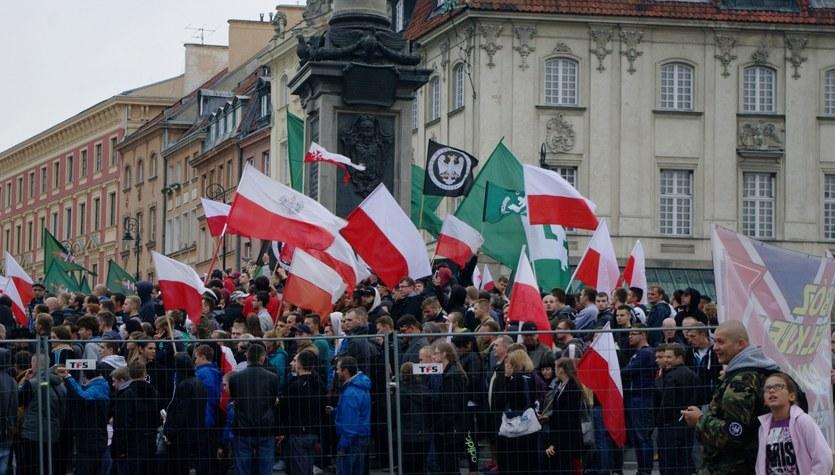 """Demonstracja w Warszawie. Mówią """"nie"""" uchodźcom"""