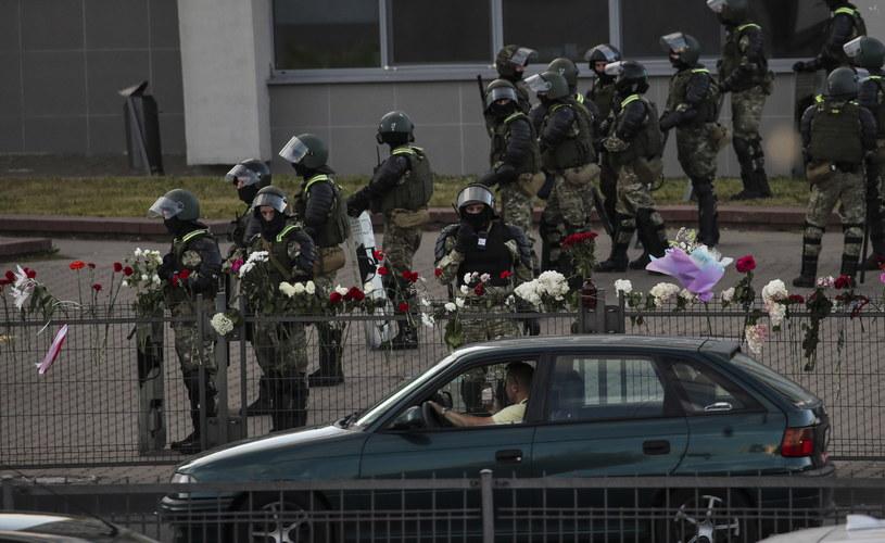 Demonstracje po wyborach na Białorusi /TATYANA ZENKOVICH  /PAP