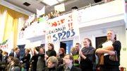 Demonstracje przeciw likwidacji szkół na sesji rady miejskiej w Łodzi