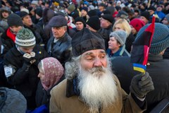 Demonstranci oblegają parlament w Kijowie!