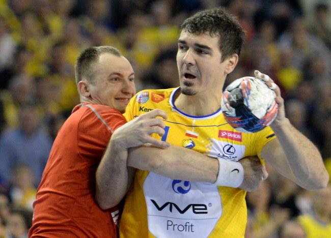 Denis Buntić (z piłką) /Piotr Polak /PAP