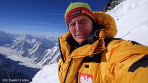 Denis Urubko w drodze na szczyt K2