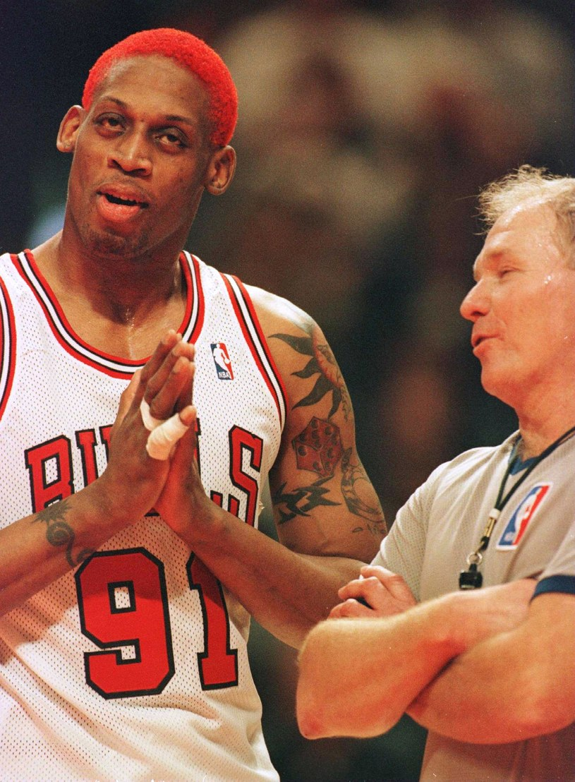 Dennis Rodman trzykrotnie był mistrzem NBA z Chicago Bulls /Getty Images