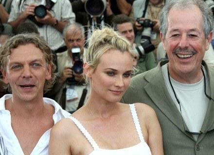 """Denys Arcand i aktorzy z filmu """"L'Age des Tenebres"""" /AFP"""
