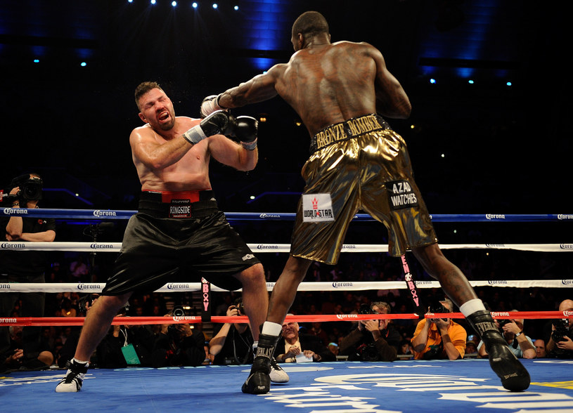 Deontay Wilder chce odzyskać pas mistrza świata dla USA /AFP