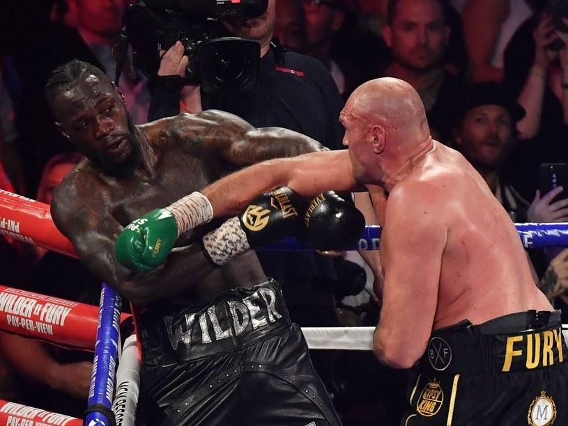 Deontay Wilder przegrał z Tysonem Furym w Las Vegas /AFP