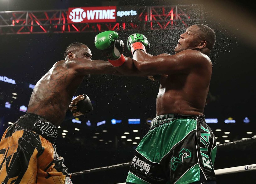 Deontay Wilder trafia Luisa Ortiza /AFP