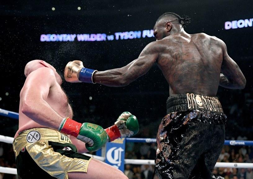 Deontay Wilder w pojedynku z Tysonem Furym /AFP