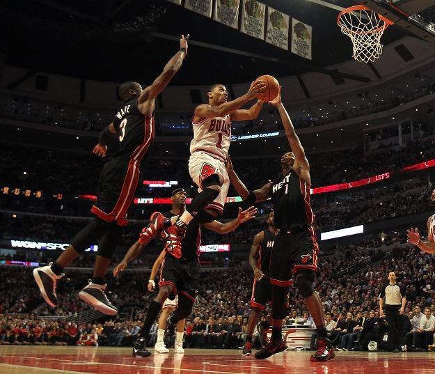 Derrick Rose zdobył 26 punktów w meczu z Miami Heat /AFP