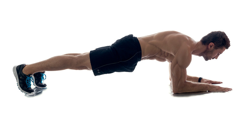 Deska - ćwiczenie izometryczne /INTERIA.PL
