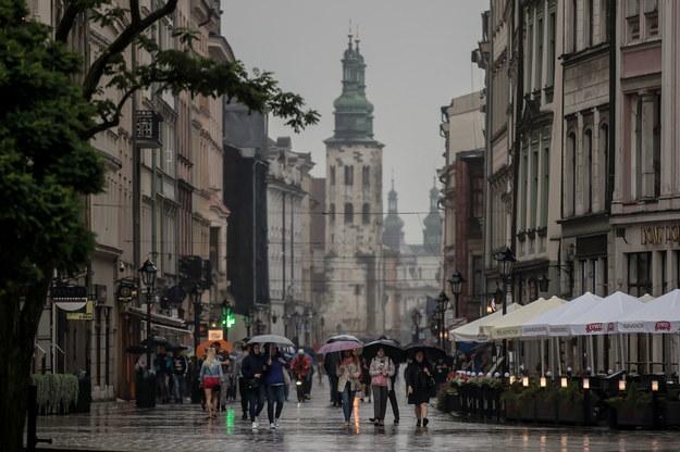 Deszczowa pogoda w Krakowie //Łukasz Gągulski /PAP